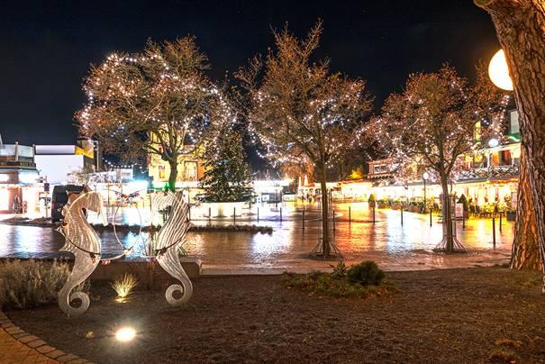 Musikalischer Weihnachtsmarkt am Timmendorfer Platz (13.12.2019 – 02.01.2020)